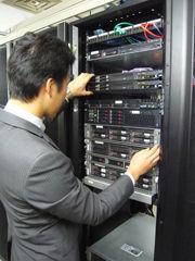 サーブコープに常駐するIT専門スタッフ